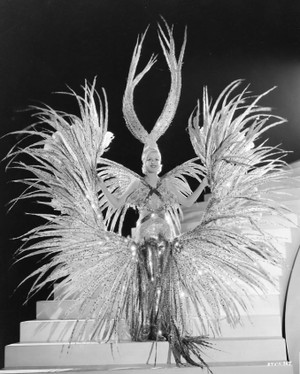Showgirl_great_ziegfeld_2