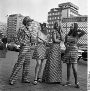 1970sfashionmidiminimaxiskirts